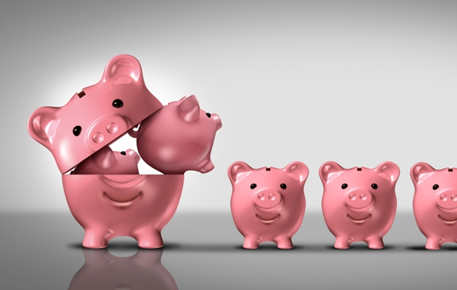 Closed Vs. Open-End Funds: Similarities, Differences, Pros & Cons