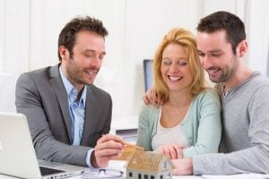 Working With a Real Estate Agent: 7 Important Benefits